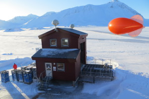 Miss Piggy (red balloon) just before launch Foto: Kerstin Binder