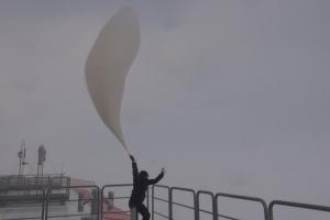 Das Vertikalprofil der Atmosphäre oder Radiosondierung an der Neumayer-Station III