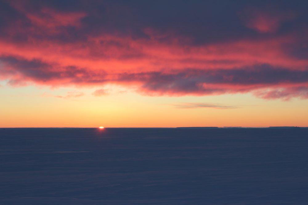Sonnenaufgang am 25.07. (Foto: Bernhard Gropp)