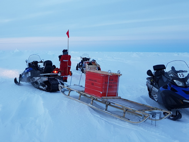 Part of every journey onto the ice – the red rescue box on a Nansen sledge. (Photo: Michael Koch)