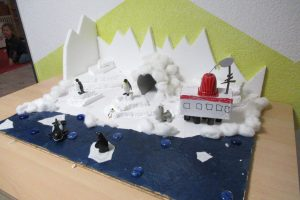 Modell der Neumayer-Station III (Foto: Anneli Becker)