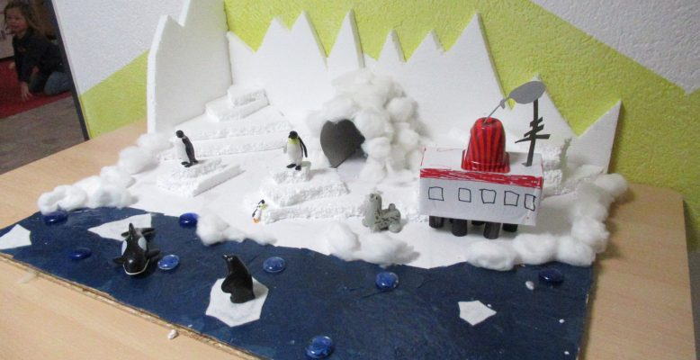 Model of the Neumayer Station III (Photo: Anneli Becker)