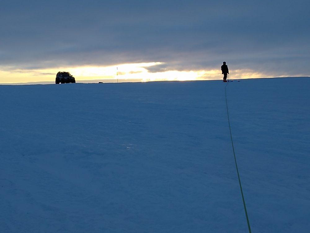 Recon of the terrain (Photo: Klaus Guba)