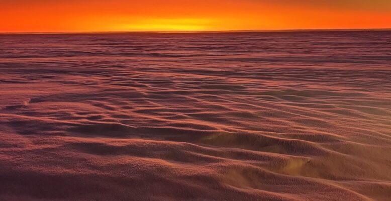 Farbspiel während der Polarnacht (Foto: Peter Jonczyk)