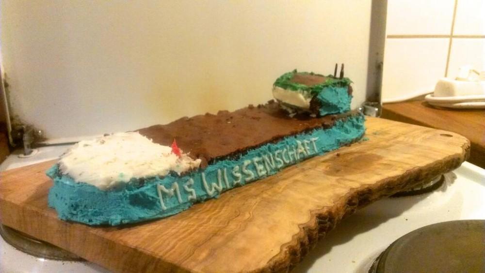 """Das Ausstellungsschiff """"MS Wissenschaft"""" von Jörg Weiß ...  Das Ausstellung..."""