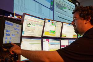 Ivano Verzola ist am Columbus-Kontrollzentrum einer der verantwortlichen Experten für das Datensystem der ISS. Quelle: DLR (CC-BY 3.0).