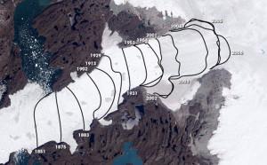 Luftbild des grönlandischen Gletschers Jakobshavn Isbræ: Die Linien markieren den Rückzug des Gletschers seit 1851. Bild: NASA
