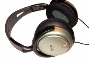 Kopfhörer: Das Gateway zur Gehirn-Schnittstelle Ohr. Bild: Pertsaboy, CC-BY-SA 3.0