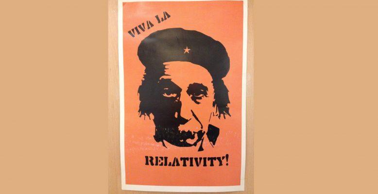 Wissenschaftskommunikation darf auch unterhalten und Spaß machen: Viva la Relativity! Bild: Helmholtz, CC-BY 4.0