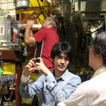 Yoshiki (l.) und Kenta (r.) setzen heute ihre Messinstrumente in den FRS ein. Bild: GSI
