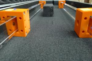 30 000 Euro kostet ein Quarzstab. 60 bis 80 werden für PANDA gebraucht. Bild: G. Kalicy/GSI