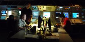 Die drei Operateure der Spätschicht. Bild: GSI