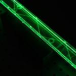 Im Zick-Zack-Kurs werden die Photonen im Stab reflektiert. Bild: K. Götzen, G. Kalicy/GSI