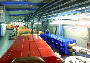 Der Ringbeschleuniger SIS18 beschleunigt Teilchen auf 90 Prozent der Lichtgeschwindigkeit. Foto: A. Zschau/GSI