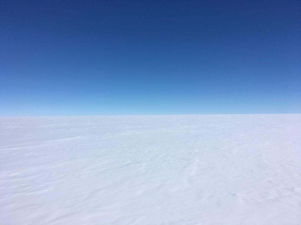 Das beeindruckende Nichts auf dem grönländischen Eisschild. Foto: Ina Kleitz