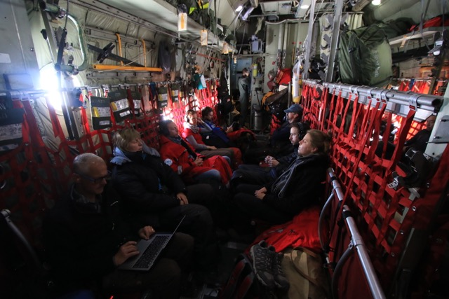 Flug zum EGRIP-Camp (Foto: Nicolas Stoll)