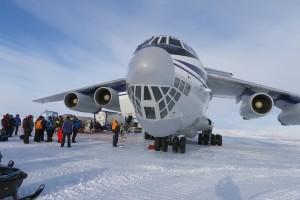 Ankunft an Novo Airbase