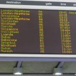 Anzeigetafel am Flughafen Capetown