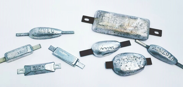 Galvanic anodes are used in various sizes and shapes as corrosion protection, e.g. for ships and hydraulic structures (Photo: Nathalie Voigt / HZG)