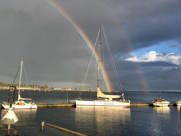 doppelter Regenbogen über der Ostsee