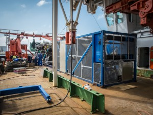 Blick auf den MeBo-Winden-Container.  Foto: Thomas Ronge, Alfred-Wegener-Institut