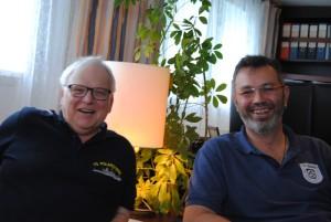 Kapitän Wunderlich und Schiffsarzt Spilok teilen ihre spannenden Geschichten mit uns. Foto: Kirstin Werner