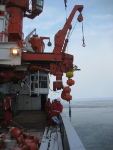 Deployment of a mooring. Floats are deployed to increase the buoyancy of the mooring. Photo: Franz Schroeter, AWI