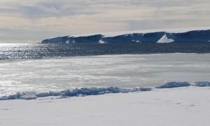 Photo 1: The edge of Ronne ice-shelf. Photo: Henrik Christiansen.