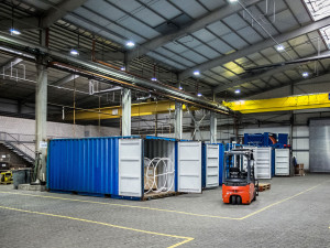 AWI warehouse at the grounds of the Lloyd-shipyard. Photo: Thomas Ronge/AWI