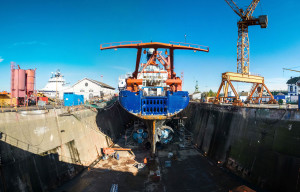 Polarstern being overhauled in the dry-dock. Photo: Thomas Ronge/AWI