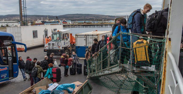 Boarding at the Mardones berth, Punta Arenas. Photo: Thomas Ronge