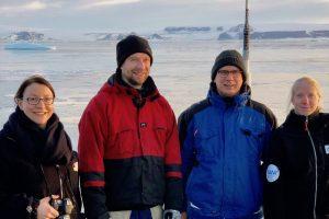 Die große ICBM-CTD im antarktischen Eis