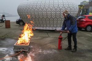 Es brennt! René, lösch mal schnell das Photo! (Photo: Kathrin Lang)