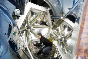 Der HADES-Detektor. Bild: J. Hosan/HA HessenAgentur