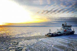 The IB Polaris in the ice (©Arctia/Raitio Markus)